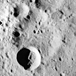 Koval'skiy crater AS15-M-2220.jpg