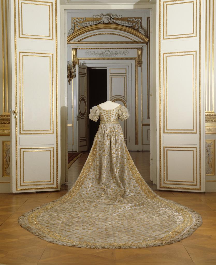 Коронационные платья XIX века