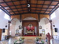 Kuzhikkattussery Holy Family Convent Church - കുഴിക്കാട്ടുശ്ശേരിയിലെ ഹോളി ഫാമിലി കോൺവെന്റ പള്ളിയുടെ ഉൾഭാഗം.JPG