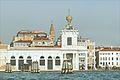 La Pointe de la Douane (Venise) (8181738536).jpg