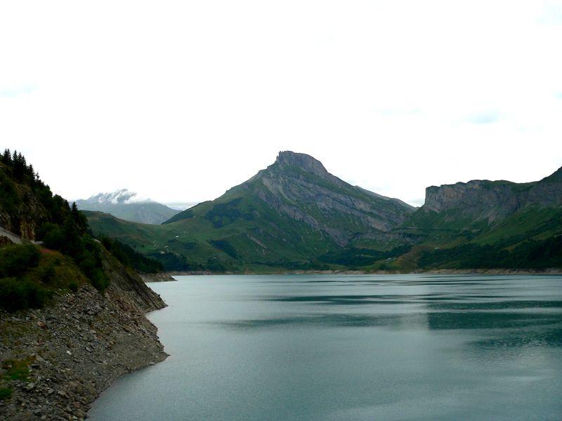 Fichier:Lac de Roselend F.jpg