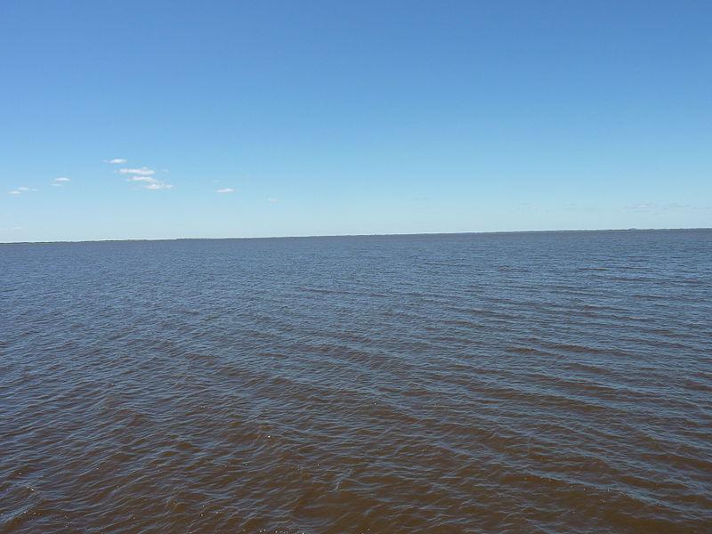 File:Laguna Cáceres (Santa Cruz - Bolivia).jpg