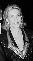 Lauren Bacall with Kennedy center award (39751813463).jpg