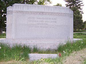 Lester Wire - Image: Lester Wire Grave Back