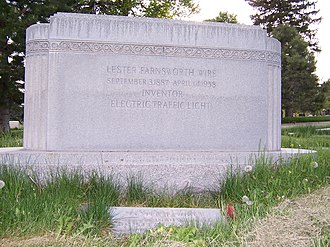 Lester Wire - Image: Lester Wire Grave Back