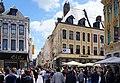 Lille Eté 2016.- Immeuble à l'angle de la place du Gl-de-Gaulle et de la rue Neuve.jpg