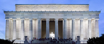 Lincoln Memorial Twilight.jpg