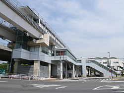 Linimo of Yakusa Station 02.JPG