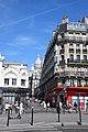 Looking up towards the Sacré-Cœur (48652233896).jpg