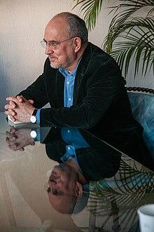 Lorenzo Meyer.jpg