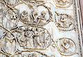 Lorenzo maitani e aiuti, scene bibliche 3 (1320-30) 13 bacio di giuda e crocifissione.JPG