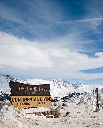 Loveland Pass - Loveland Pass in late March 2005
