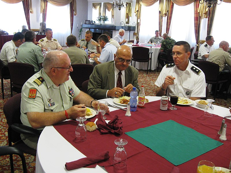 File:Lunch at the CFLCC Seminar 1 (7649871920).jpg