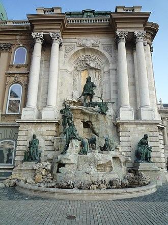 Matthias Fountain - Image: Mátyás 02