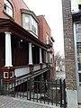 Maison Gravelle-Leduc (autre nom Maison Arrimage) 116 promenade du Portage (1).jpg