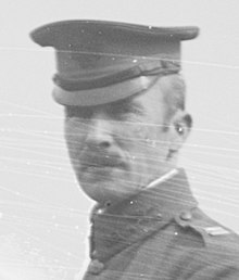 Major Julian R Lindsey US Cavalry ca 1916 (cropped).jpg