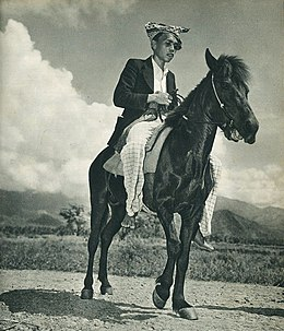 Man from Sulawesi on a horse, Indonesia Tanah Airku, p35.jpg