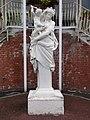 Marpent (Nord, Fr) statue Sapho devant la mairie.JPG