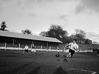 1951–52 in English football - Merthyr and Ipswich play in the 1951–52 FA Cup