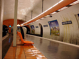 Metro de Paris - Ligne 7bis - Place des Fetes 04