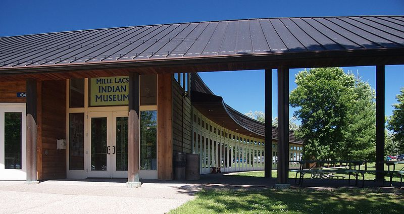 File:Mille Lacs Indian Museum.jpg
