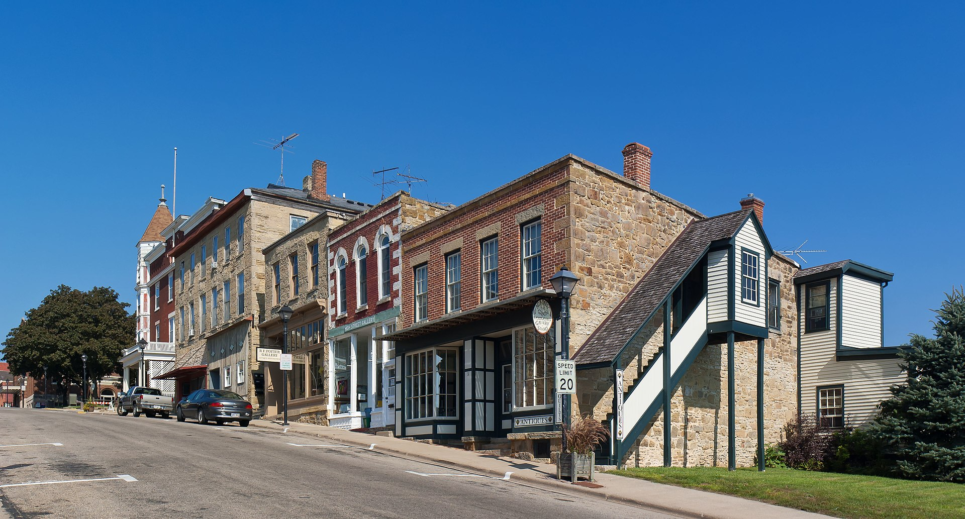 Mineral point wisconsin wikipedia for High pointe