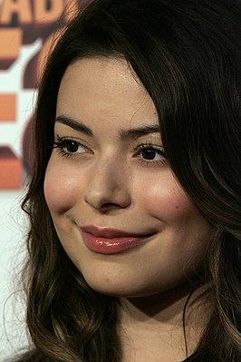 Miranda Cosgrove - Wikipedia