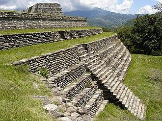 Mixco Viejo - Outer wall of Group B of Mixco Viejo (Jilotepeque Viejo)