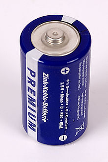 How Many Volts Can A Dc Car Battery Supply