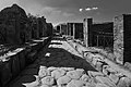 Monochrome photo of an unidentified street in Pompeii (28974138505).jpg