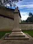 Monument aux morts - Thil (Ain).jpg