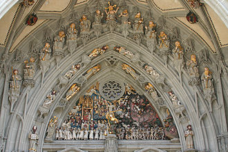 Old City (Bern) - Statues representing the Last Judgement, over the main portal of the Münster of Bern