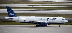 Palm Beach International Airport - jetBlue Airways Airbus A320 at PBI