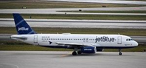 Palm Beach International Airport - jetBlue Airways Airbus A320 at PBI