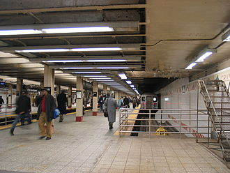 Grand Central–42nd Street (New York City Subway) - The shuttle leaves Track 4 bound for Times Square