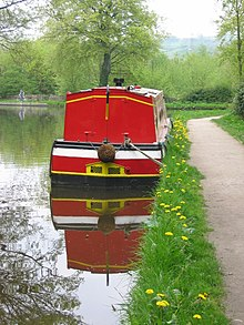 Narrowboat on the Peak Forest Canal, Whaley Bridge, Derbyshire, England.jpg