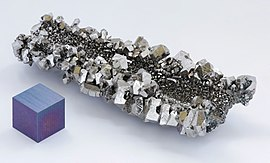 Niobium crystals and 1cm3 cube.jpg