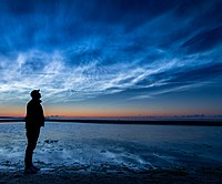 Noctilucent-clouds-msu-6813.jpg