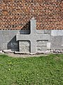Noyelles-sur-Sambre (Nord, Fr) croix de tombe.jpg
