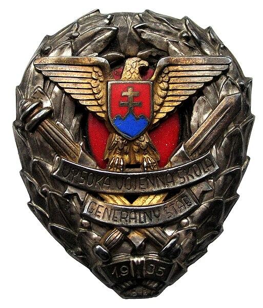 File:Odznak absolven vysokej vojennej školy generalny stab Slovenska republika 1944.jpg