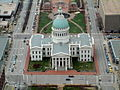 Old Courthouse St. Louis.jpg
