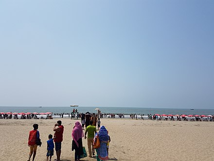 "The beach in Cox's Bazar, with an unbroken length of 120 km (75 mi), it is the longest natural sea beach in the world One of the famous beach in the world ""Cox's Bazaar.jpg"