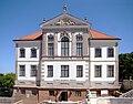 Ostrogski Palace Chopin Museum June 2010 b.jpg