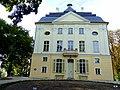 Ostromecko 2012 - Stary pałac po niedawno zakończonym remoncie - panoramio.jpg
