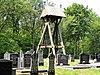 Klokkenstoel op kerkhof