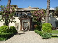 Palazzo della crocetta, giardino 02.JPG