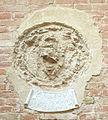 Palazzo vicariale di certaldo, cortile, stemma morelli.JPG