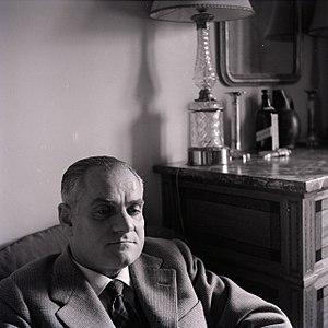 Alberto Moravia - Alberto Moravia photographed by Paolo Monti (Fondo Paolo Monti, BEIC)