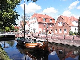 Papenburg - Image: Papenburg Hauptkanal l