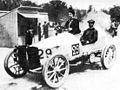 Paris-Madrid 1903 - Camille du Gast pilots her 30 hp De Dietrich, with starting number 29.jpg